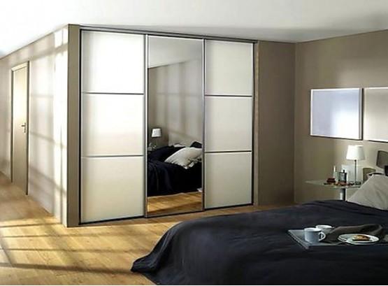 Шкафы купе со стеклом и зеркалом