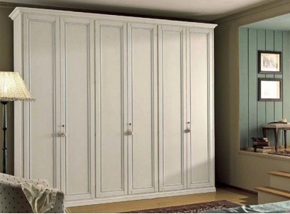 Шкаф распашной белый глянец