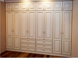 Дорогие встроенные шкафы