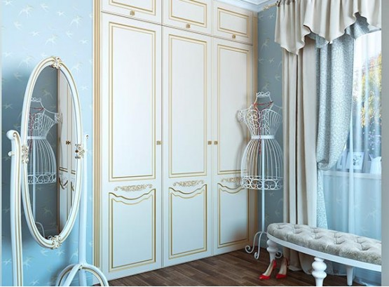 Шкаф классический с распашными дверями