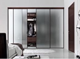 Прозрачные двери для шкафа купе