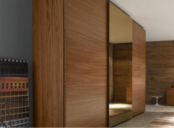Двери купе с деревом в шкаф