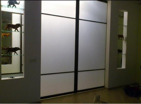 Двери купе стеклянные