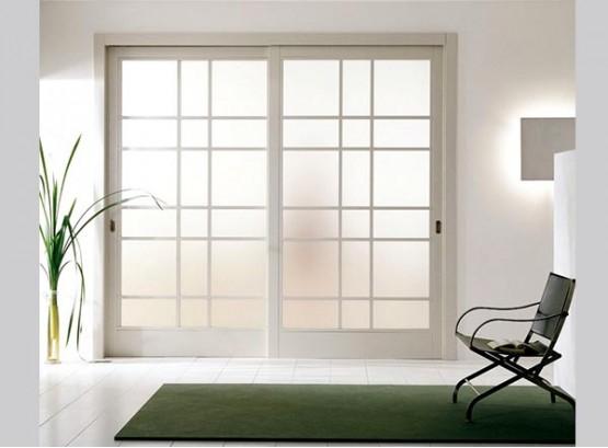 Раздвижная дверь белая