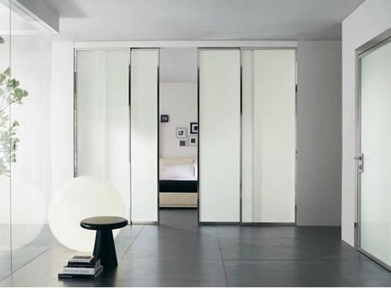 Раздвижные двери светлые