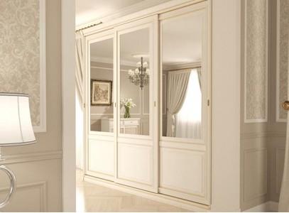 Шкаф гардероб белый