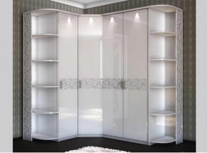 Белый угловой шкаф в спальню
