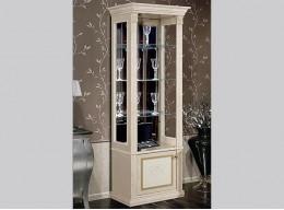 Шкафы витрины со стеклом для гостиной