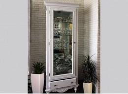 Шкаф витрина стеклянная для гостиной