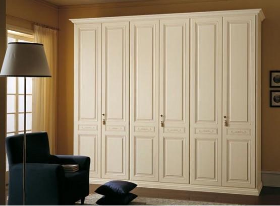 Шкаф для одежды деревянный