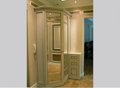 шкаф распашной с зеркалом