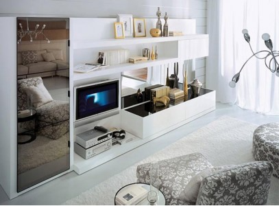 Шкаф низкий со стеклом